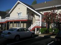 Prmier Hotel & Suites, West Haven