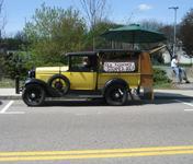 Mike's Weenie Wagon, Wellesley