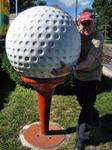 The ball is tpp big for Stan to play, Gooney Golf