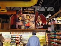 Holstein Family Singers in Stew Leonard\'s, Yonkers